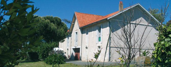 Le bureau des douanes et le chemin des douaniers - Saint palais sur mer office du tourisme ...